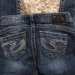 Silver Jeans Size 5 Skinny Leg